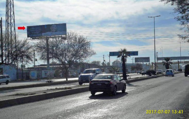 Espectacular COA033N1 en Fidel Vázquez, Torreón, Coahuila de One Marketing