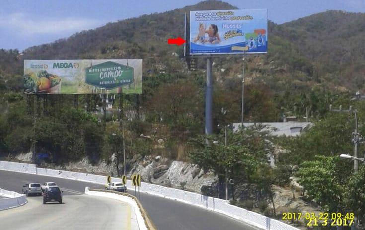 Espectacular GRO007O1 en Acapulco, Guerrero de One Marketing