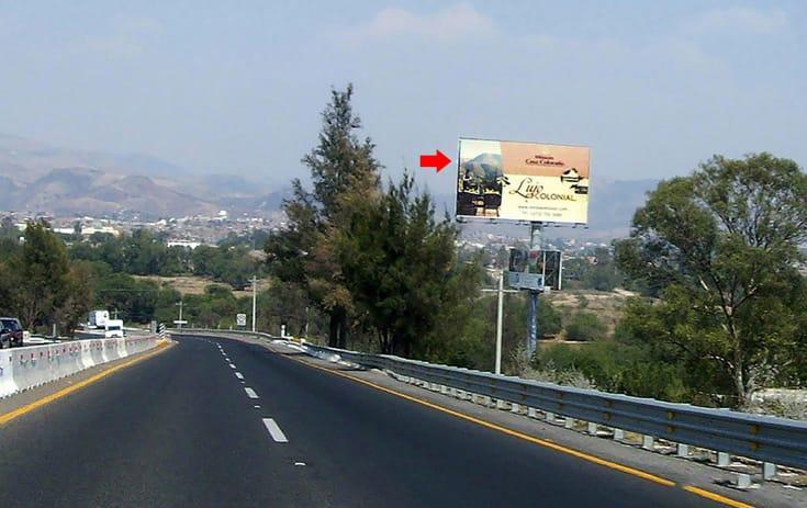 Espectacular GTO041P1 en San Juan de La Luz, Guanajuato de One Marketing