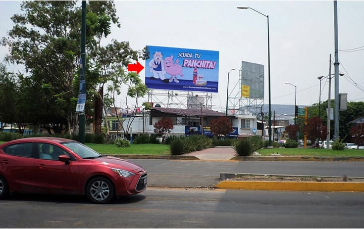 Espectacular GTO051N1 en Blvd. Villas de Irapuato #634, 1Ro de Mayo, Irapuato de One Marketing