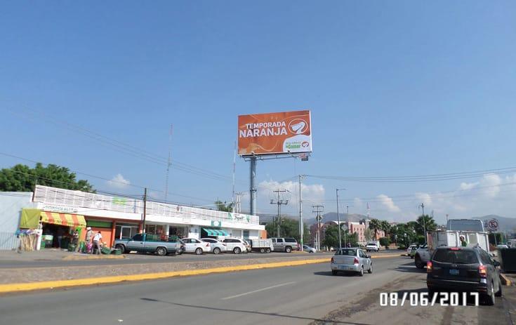 Espectacular GTO056S1 en Barrio El Marfil, Guanajuato de One Marketing