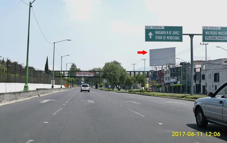 Espectacular MDF071S1 en San Bartolo Atepehuacan, Gustavo A. Madero de One Marketing