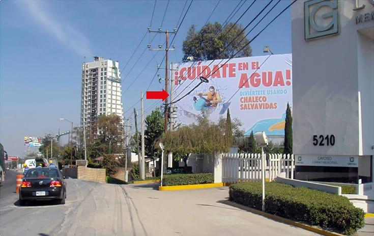 Espectacular MDF104P2 en Carr. México Toluca #5265 Km. 17.5 (Cartelera), Loma Alta, Cuajimalpa de One Marketing