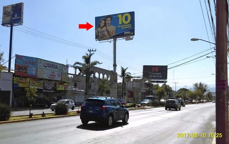 Espectacular MDF180N1 en La Cebada, Xochimilco, Ciudad de México de One Marketing