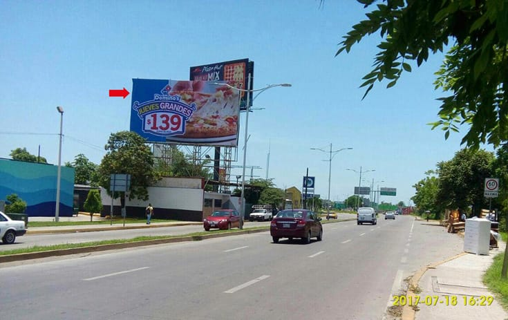 Espectacular MSTAB002S1 en Prol. Av. Universidad #427 Cruzada, Recreo, Villahermosa de One Marketing