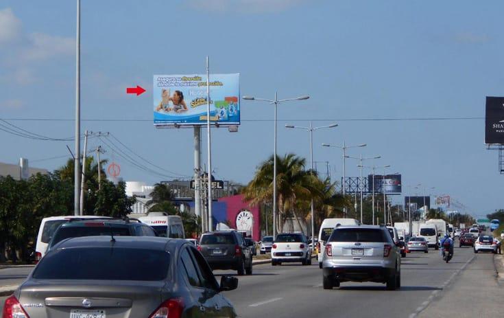 Espectacular QTR009S1 en Blvd. Luis Donaldo Colosio Km. 10.5 Monaco Rent a Car, Benito Juárez, Cancún de One Marketing