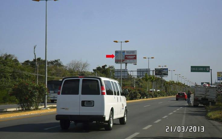 Espectacular QTR012N1 en Carr. Cancún Puerto Morelos Km. 21-22 Lt.10-12 Mz. 40, Benito Juárez, Cancún de One Marketing