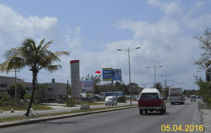 Espectacular QTR019N1 en Benito Juárez, Cancún de One Marketing
