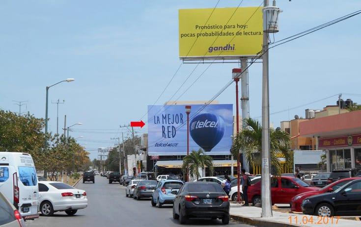 Espectacular QTR027P1 en Av. Andrés Quintana Roo Sm 50 Mz. 65 Lt. 8, Benito Juárez, Cancún de One Marketing