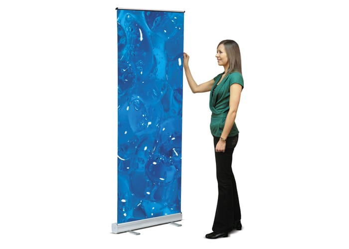 Roll-Up es uno de los tipos de Display disponibles en One Marketing Expo Stands y Displays