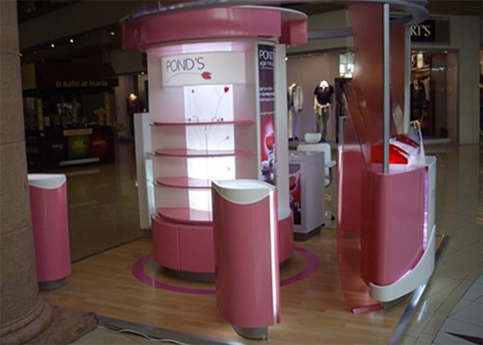 Ejemplo de Stand para Plaza en pasillo para Pond's de One Marketing Expo Stands y Displays